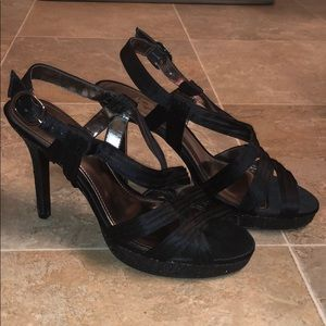 Touch of Nina Black Strap Heels size 8